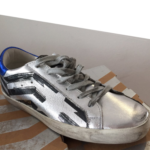 golden goose superstar silver flag